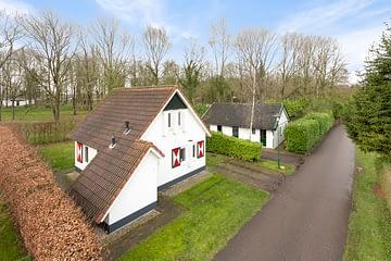 Natur Pur! Ihr eigener Ferienbungalow als Kapitalanlage in Nord Niederlande! Provisionsfrei!!!, 9342 TC Een (Niederlande), Einfamilienhaus